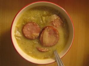 Soupe d'endives au curry et à la saucisse de Morteau