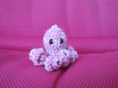 Poulpe rose en crochet