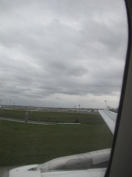 L'arrivée à Paris, il fait 12°C et il pleut