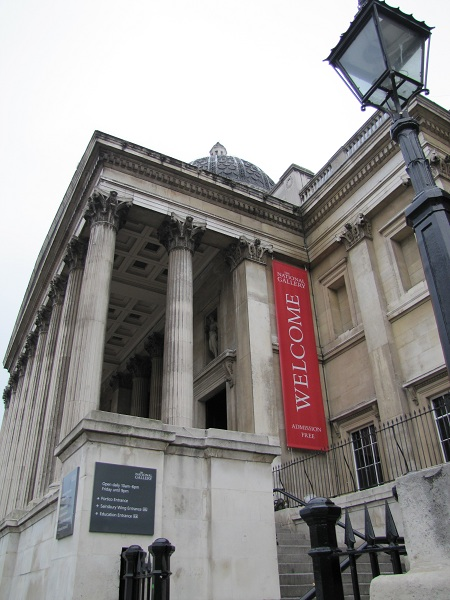 Trafalgar square & National Gallery