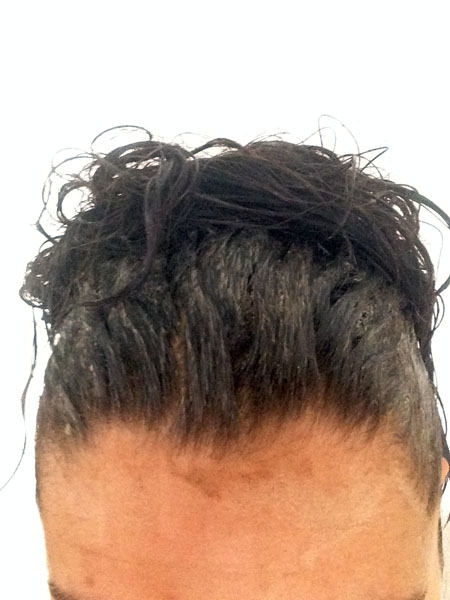 Lavage des cheveux au rhassoul