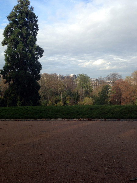 Mnemosune-buttes-chaumont-1