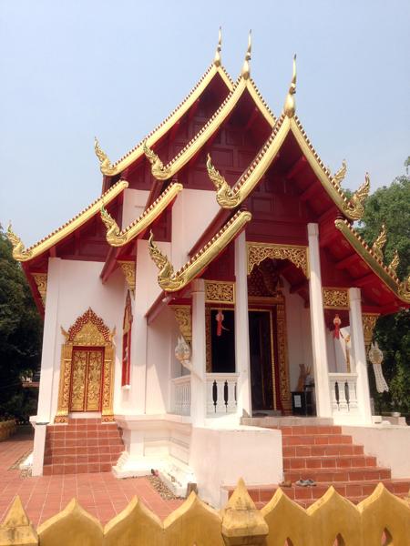 Rencontre avec un moine bouddhiste Chiang Mai
