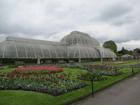 serre et jardin des Kew Gardens à Londres