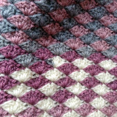 Shell stitch beanie bonnet point coquillage détails